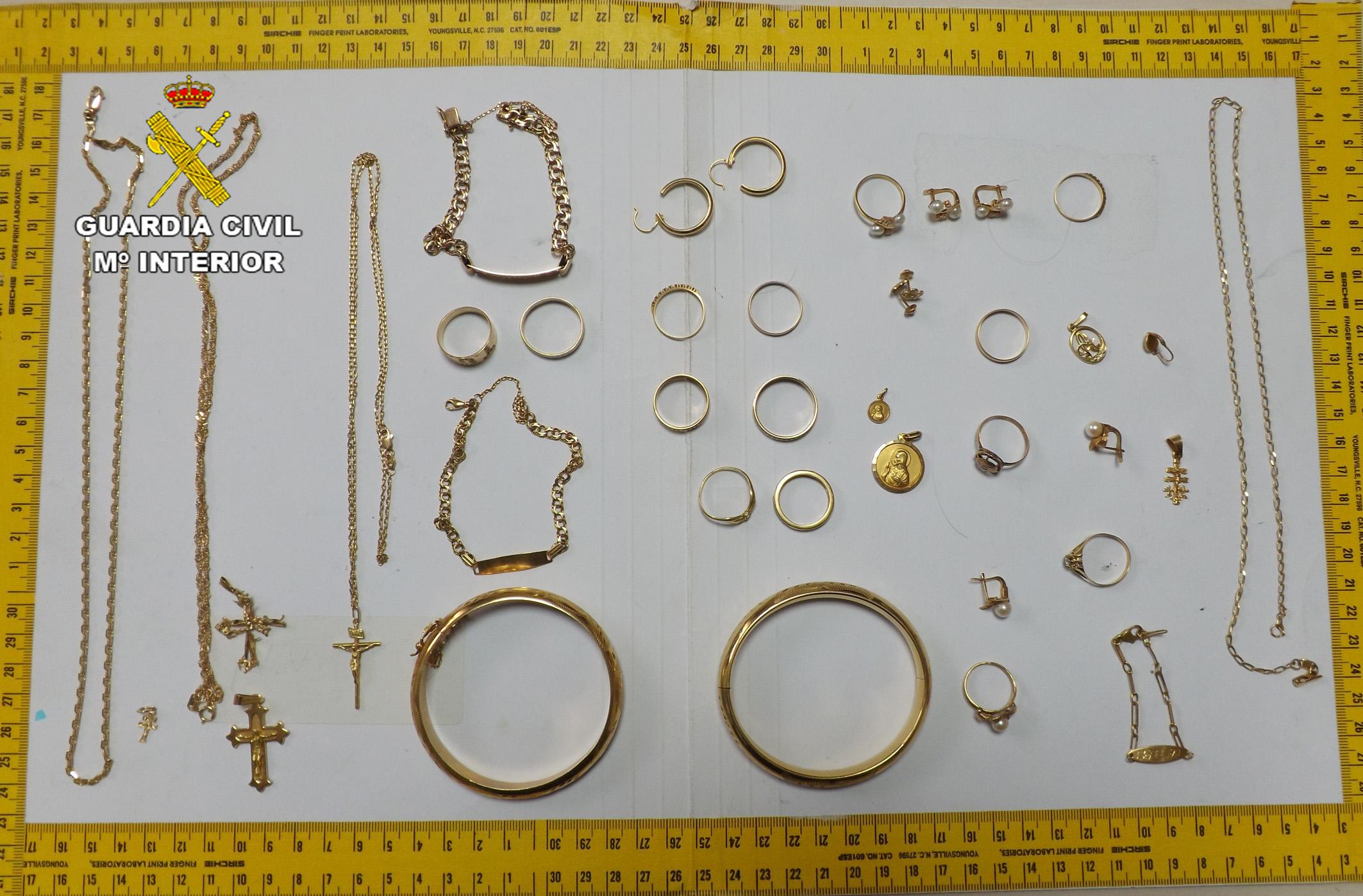 vecino-cieza-detenido-robar-joyas