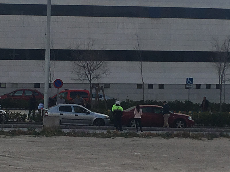 colision-vehiculos-entrada-centro-cieza