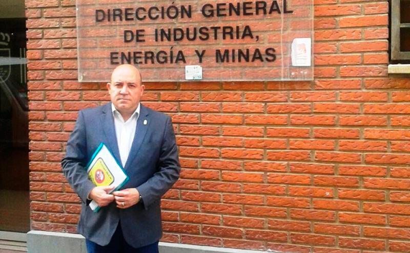 pascual-lucas-reune-directora-general-energia-evitar-fracking