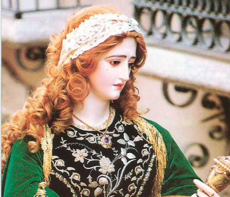bendecido-nuevo-manto-santa-maria-magdalena