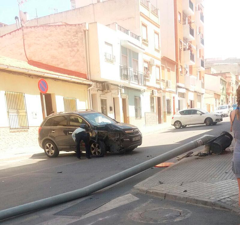 aparatoso-accidente-cuesta-molino