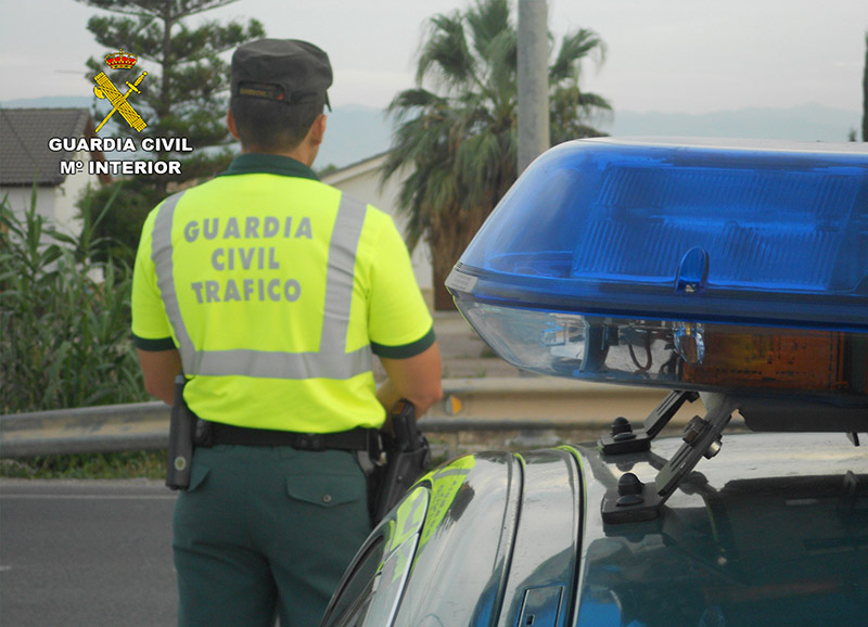 guardia-civil-traslada-reanima-nino-dos-anos-atropellado-cieza