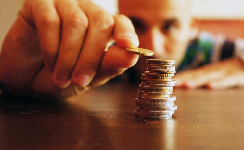 iu-cieza-126-trabajadores-no-gana-mas-700-euros-mes