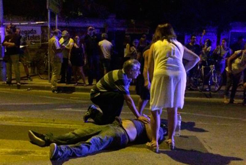 jovenes-iu-cieza-serna-ballesta-responsables-violencia-policial-murcia