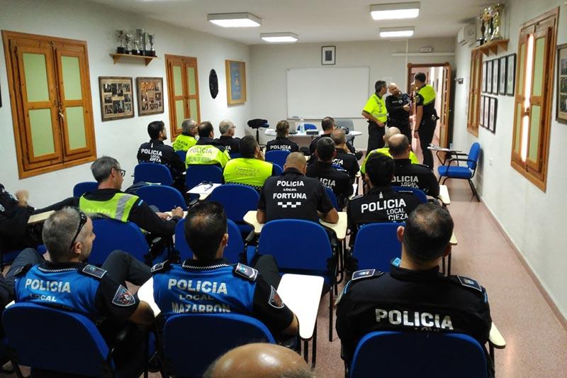 cieza-acoge-formacion-policias-municipales-region