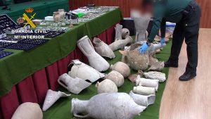 Recuperadas miles de piezas arqueológicas expoliadas que se vendían por Internet