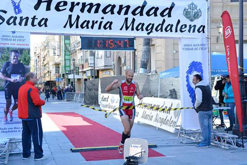 francisco-javier-chico-amparo-martinez-coronan-media-maraton-cieza