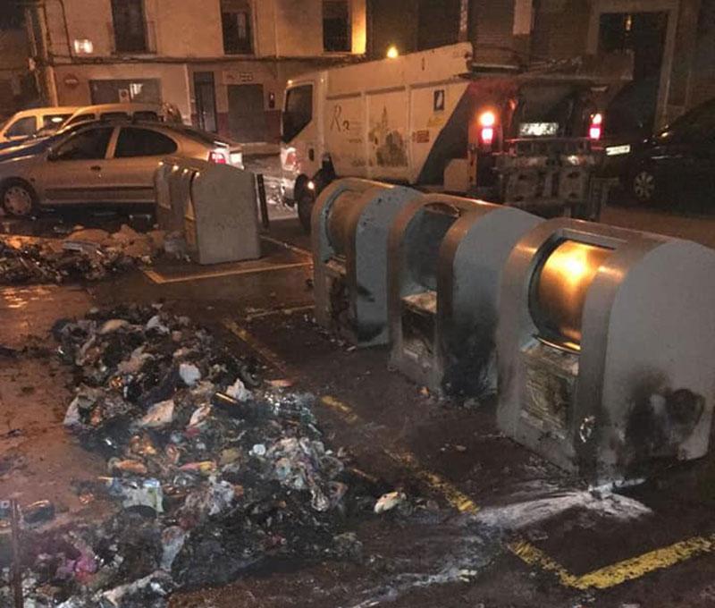 arden-madrugada-contenedores-calle-canton