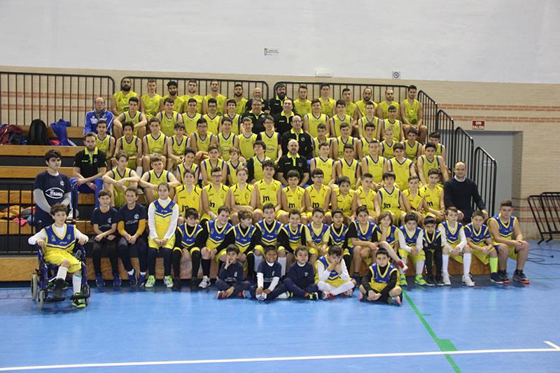 cieza-escuela-baloncesto-viste-gala-presentar-equipos