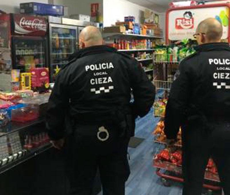 policia-local-atrapa-ladron-druni-denuncia-tiendas-chinos-vender-tabaco