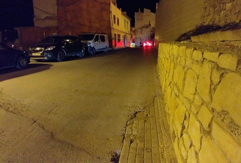 pixc-denuncia-situacion-peligro-transeuntes-distintas-calles-cieza