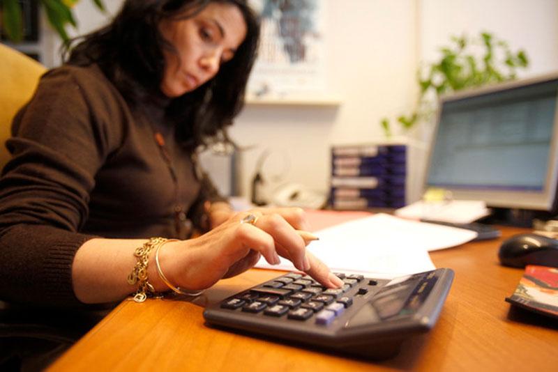 socialistas-reflexionan-desigualdad-salarial-afecta-mujeres