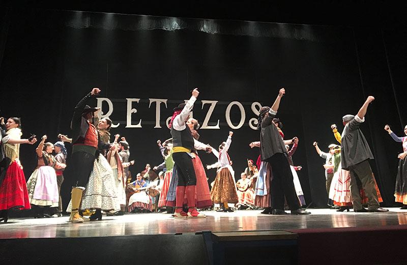coros-y-danzas-participa-entrega-premio-honor-facyde-director-nacional-ballet