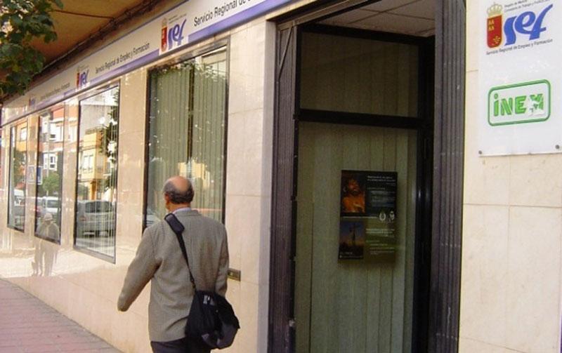 empresas-acojan-practicas-no-laborales-jovenes-desempleados-recibiran-ayuda-2-400-euros