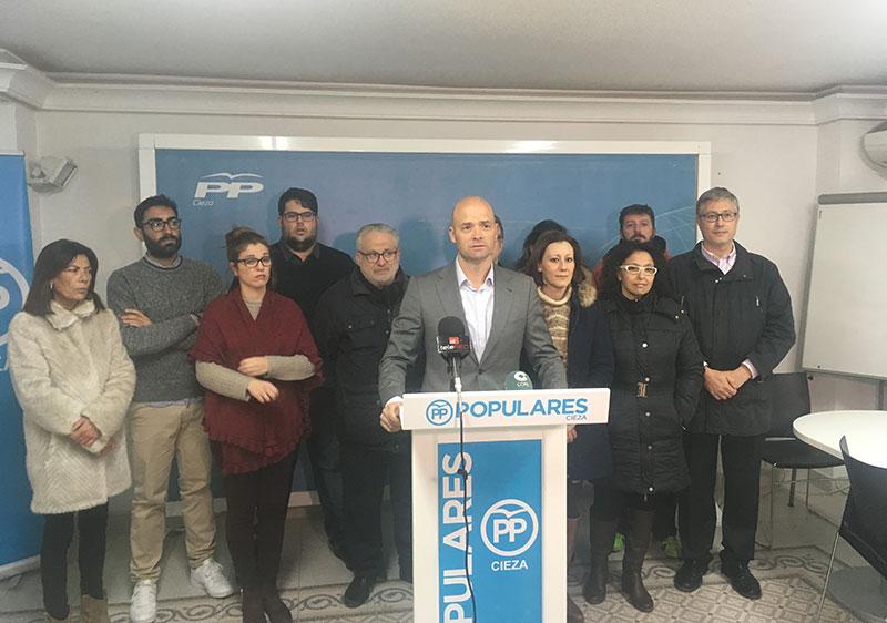 partido-popular-exige-ayuntamiento-luzca-bandera-pro-vida