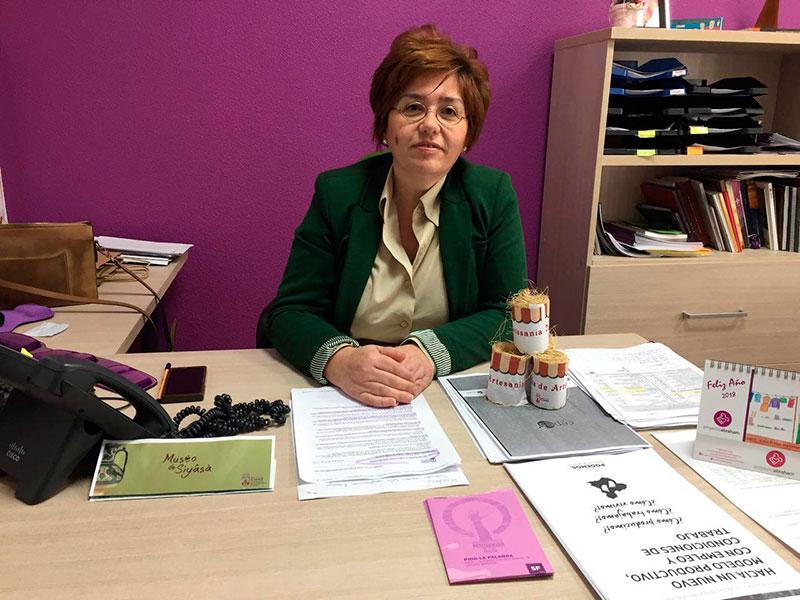 pilar-martinez-ofrece-concejalia-ayudar-artesanos-cieza-proximas-subvenciones
