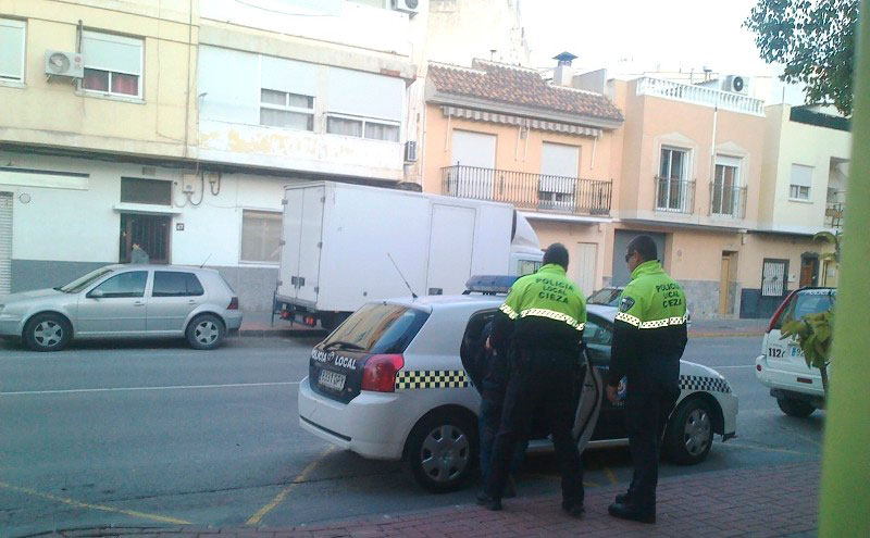 policia-local-intercepta-cieza-individuo-conduciendo-sin-carne