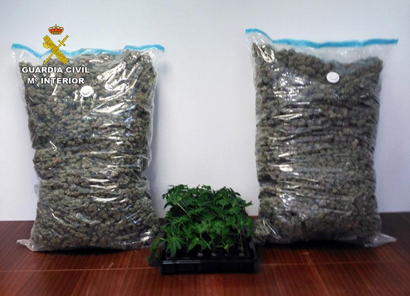 detienido-in-fraganti-un-joven-cuando-intentaba-transportar-17-kilos-de-marihuana