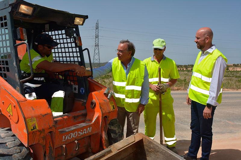 fomento-garantiza-el-mantenimiento-de-317-kilometros-de-vias-regionales-en-cieza-jumilla-y-yecla-con-una-inversion-de-tres-millones