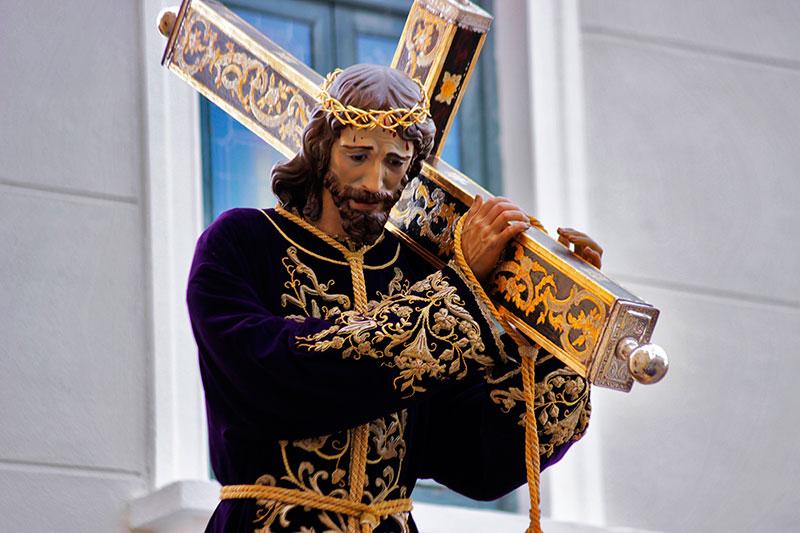 la-real-cofradia-de-jesus-lanza-un-llamamiento-a-los-nazarenos-de-ayer-y-de-hoy-para-acompanar-a-nuestro-padre-jesus-nazareno