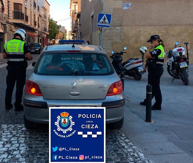 la-policia-local-multa-a-una-veintena-de-conductores-por-no-llevar-el-cinturon