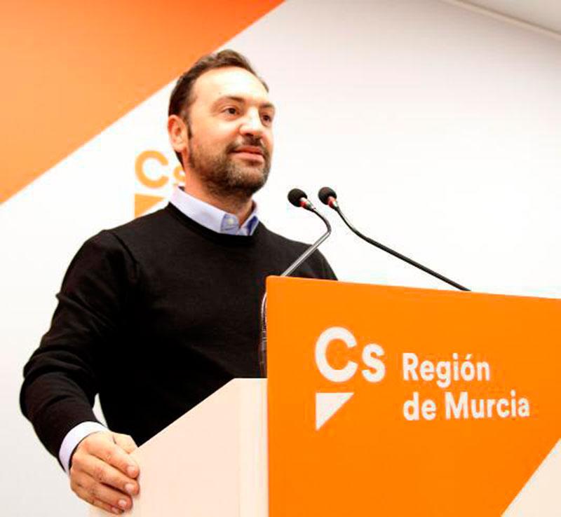 ciudadanos-cieza-impulsa-una-partida-de-34-000-euros-para-la-mejora-de-los-poligonos-industriales-de-ascoy-y-los-prados