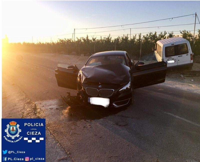 tres-accidentes-en-diferentes-puntos-de-cieza-obligan-a-la-policia-local-a-actuar