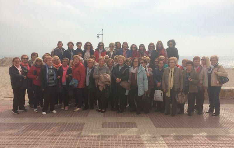 alta-participacion-en-la-visita-al-mar-menor-con-motivo-del-dia-internacional-de-la-mujer
