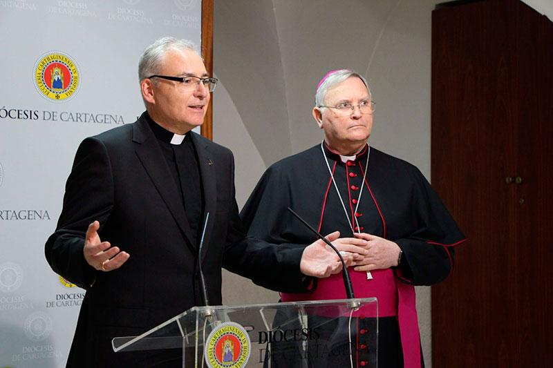 la-parroquia-de-san-joaquin-organiza-un-viaje-a-la-catedral-de-murcia-para-la-ordenacion-del-obispo-auxiliar-de-la-diocesis-de-cartagena