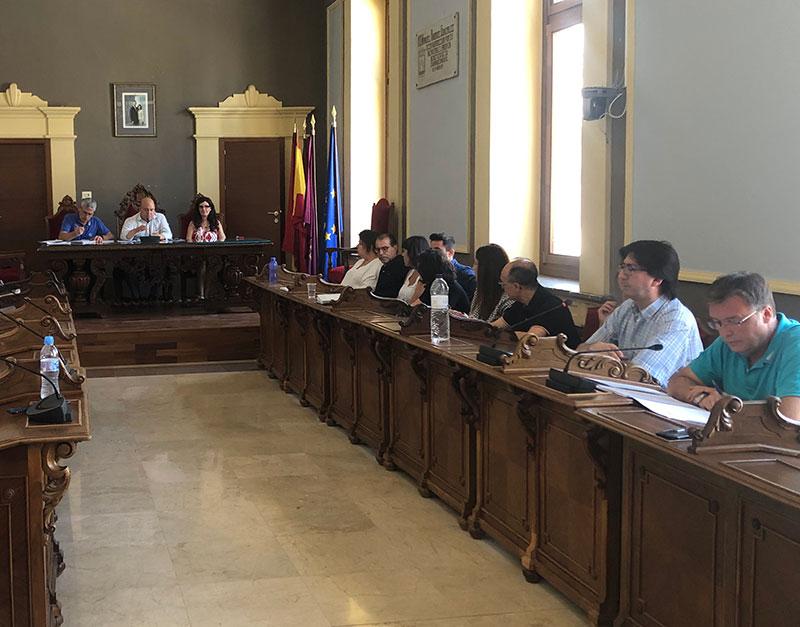 la-deuda-municipal-se-reduce-en-cuatro-anos-de-14-millones-a-300-000-euros