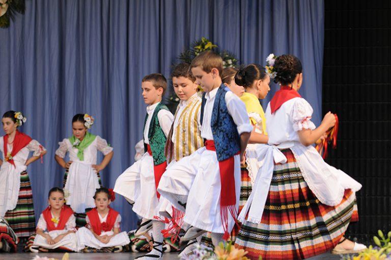 comienza-un-nuevo-curso-en-la-escuela-municipal-de-folklore
