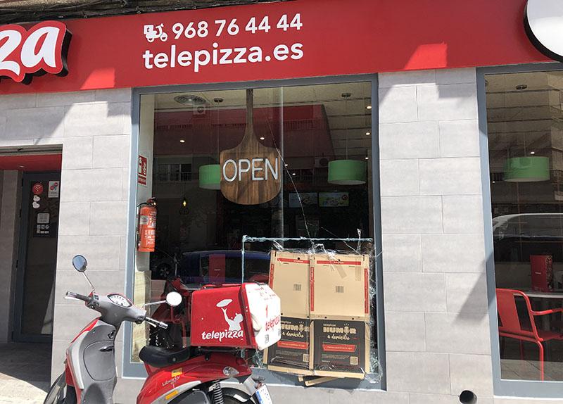 dos-menores-roban-en-una-pizzeria-de-cieza