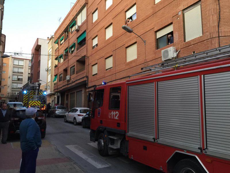bomberos-rescatan-a-un-anciano-que-se-encontraba-inconsciente-en-una-vivienda
