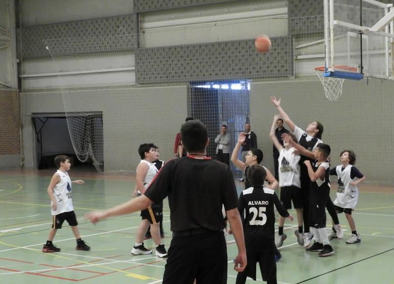 los-peques-del-cieza-escuela-de-baloncesto-arrancan-con-buen-pie