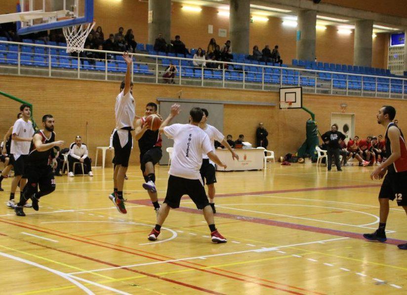 jornada-apretada-para-los-equipos-de-baloncesto-locales