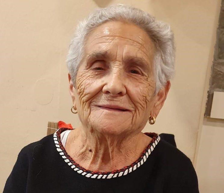Foto de Candelaria en su 100 cumpleaños